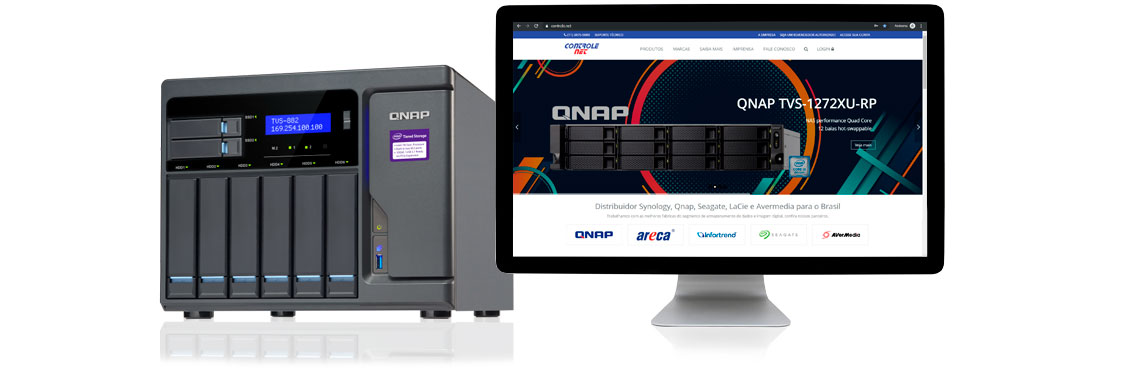 Consulte um espacialista, Qnap NAS ao lado da tela de exibição do site da Controle Net