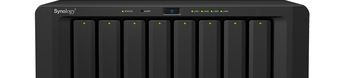 Synology NAS com foco nas baias de instalação de HDs