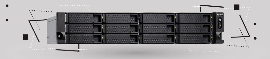 Qnap NAS com 12 baias de formato rack