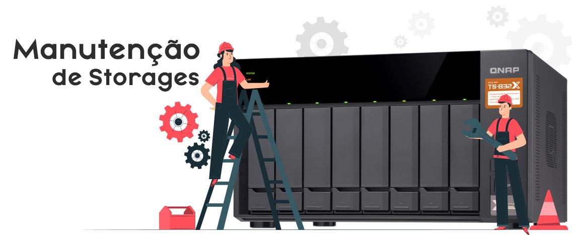 Manutenção de Storages, Qnap NAS TS-832X com personagens ao lado vestidos de mecânicos para simbolizar a manutenção do storage